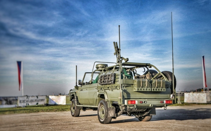 New Airborne Regiment will need new 4x4 Lightweight Vehicles (2020)
