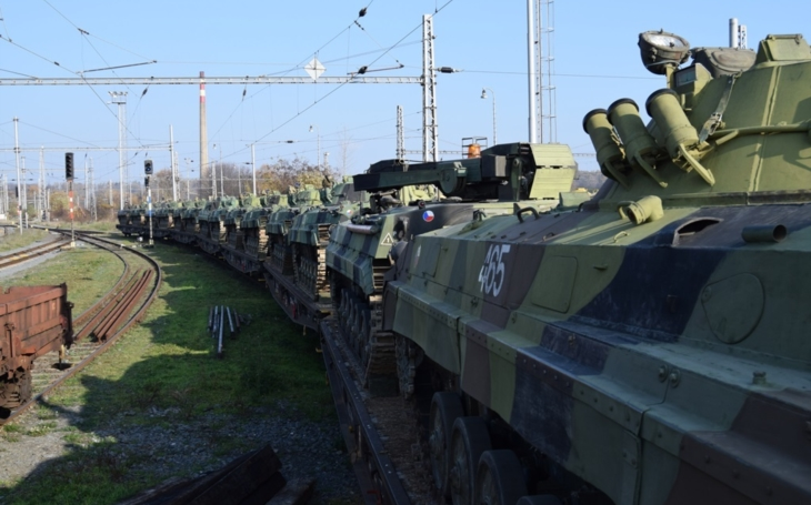 The Defense Committee rejected the schedule for the purchase of IFV's: The contract should not be signed at the time of the election
