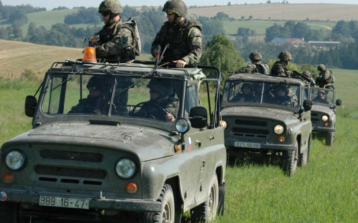 The purchase of off-road vehicles: the Army is to defend the change of assignment