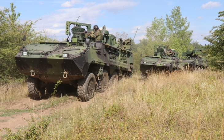 Czech Mechanized Infantry trains the crews of the new Pandur Vehicles